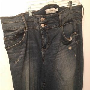 Torrid high waisted sz 22, never worn jeans.